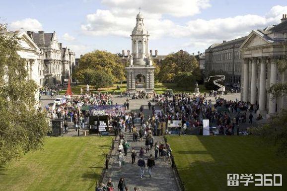 除了牛津剑桥,爱尔兰也有古老的学院式大学