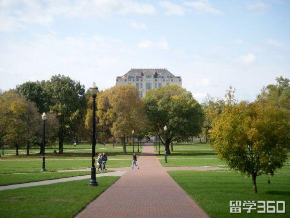 美国本科留学有哪些申请途径?