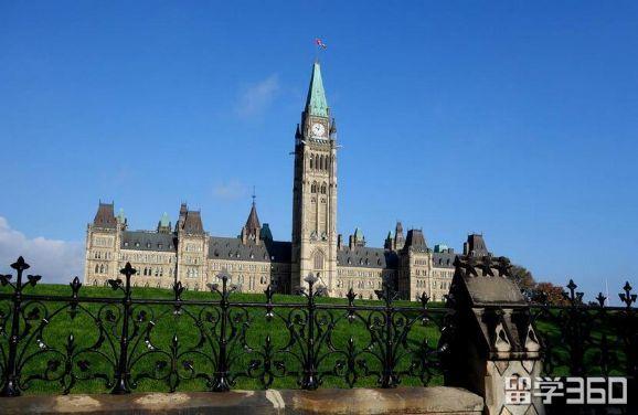 加拿大卡莫森学院申请 - 留学城市站 - 加拿大留学网