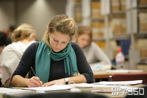 如何选择美国SAT和ACT考试?