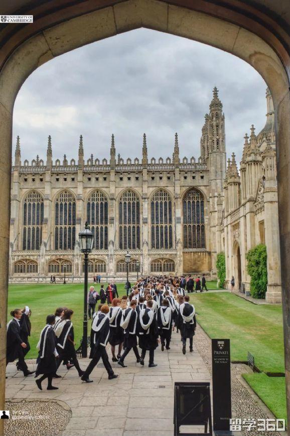 剑桥大学2018毕业典礼,骄傲的少年,请去追寻星辰大海!