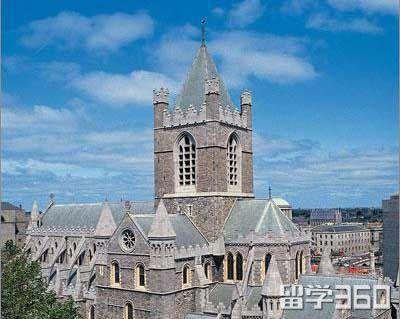 留学爱尔兰:签证需要的文件