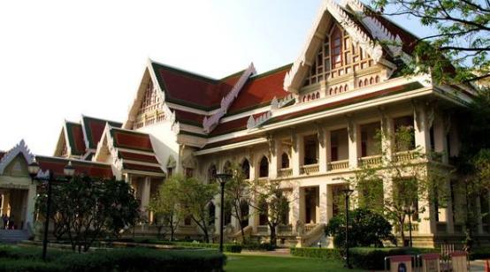 选择比努力更重要,去泰国最有威望的大学留学!