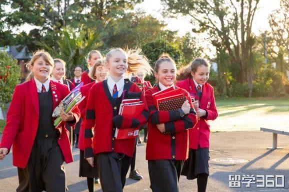 新西兰中小学