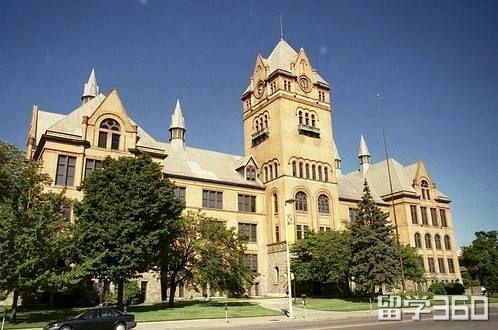美国留学综合性大学和文理学院该怎么选
