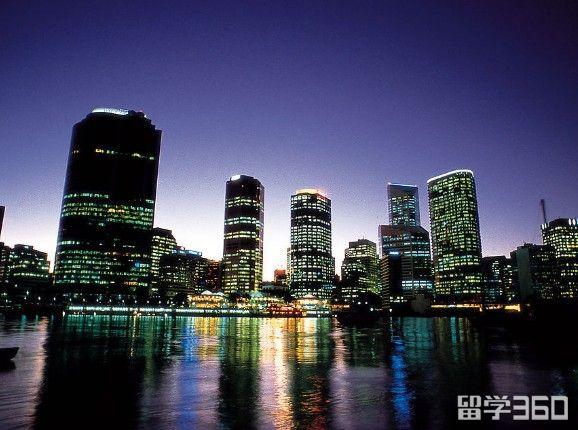 去澳大利亚留学你除了要考虑费用,还要考虑地区!
