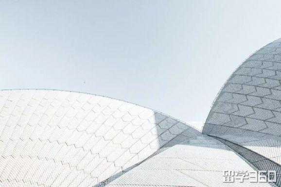 澳洲留学,考雅思还是托福