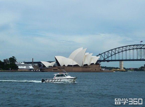 澳大利亚初中陪读签证