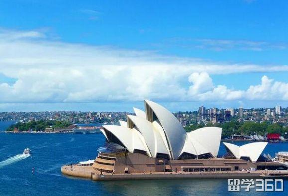 澳大利亚留学学费低的几所大学!你心动了吗?