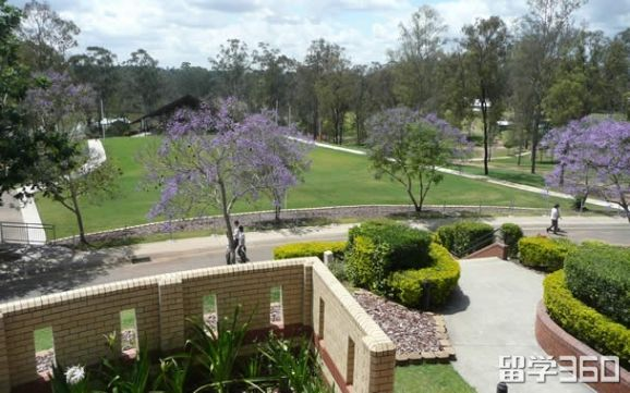 2019南昆士兰大学一年的所有费用是多少?