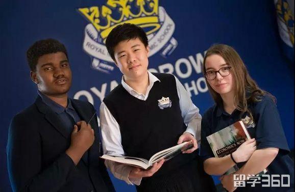 加拿大皇冠中学