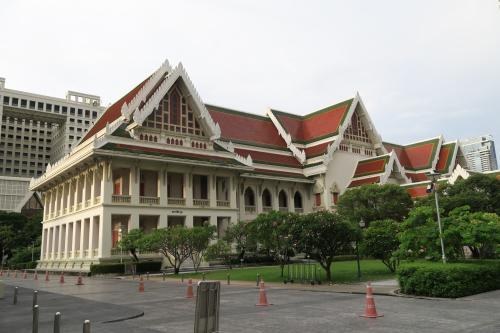 如何申请泰国留学奖学金?这几点你要明确