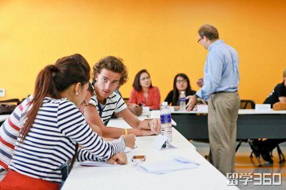 专科在读 追求更好 高同学成功申请泰国国际名校斯坦佛