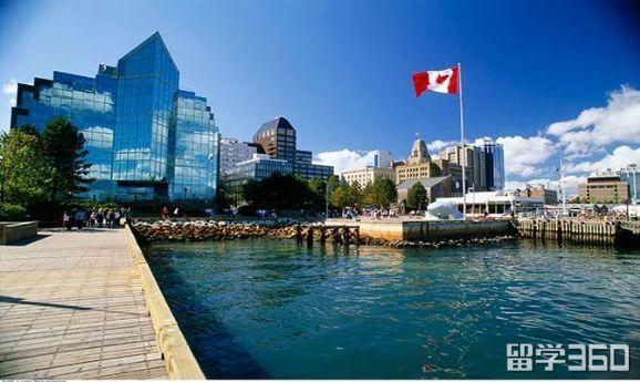 申请加拿大高中留学,要注意哪些方面?