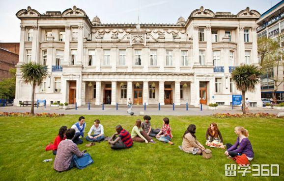 二本院校成功逆袭伦敦大学玛丽女王学院
