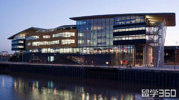 2019年如何申请威尔士新港学院?