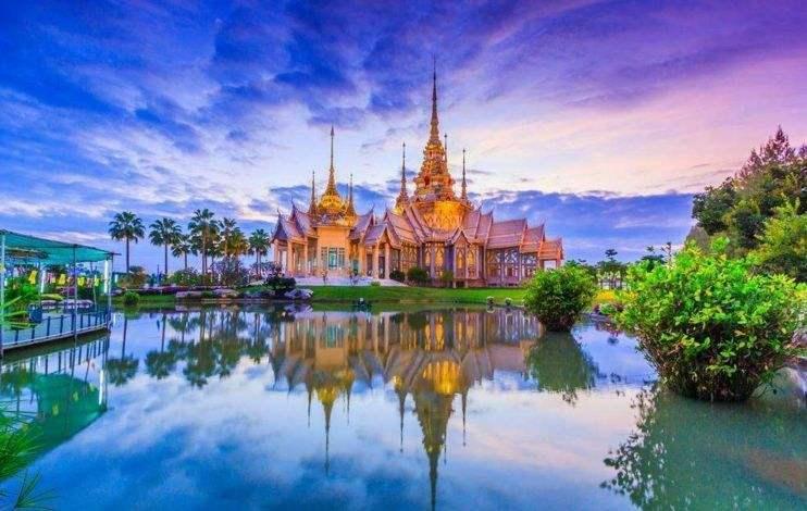 与中国大学相比,泰国有什么不同?