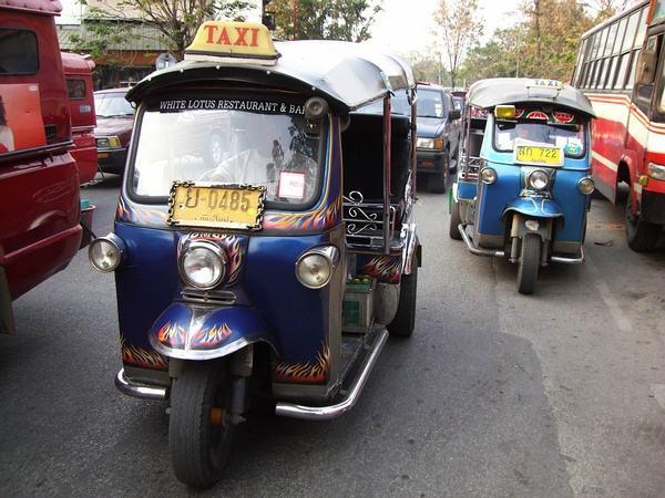 费用大揭秘:留学生在泰国生活需要多少钱?