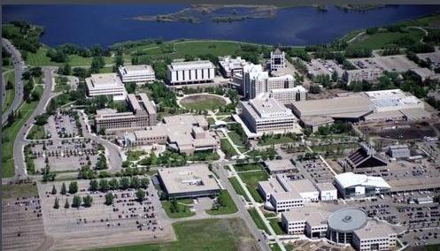 加拿大里贾纳大学住处
