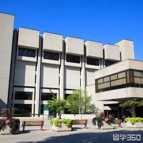 一起来探寻那些属于渥太华大学的小秘密吧!