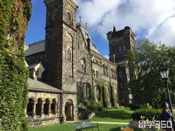 加拿大留学---2019年高考后的最佳方案