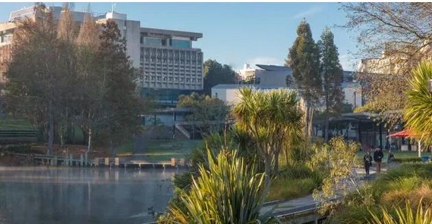 凭高考成绩直录新西兰怀卡托大学本科要求