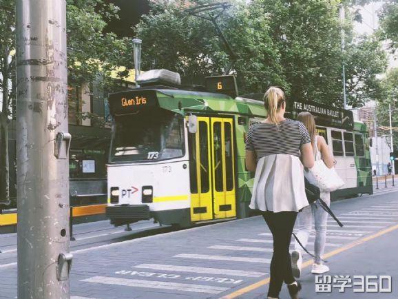 澳洲留学到底该选雅思还是托福?