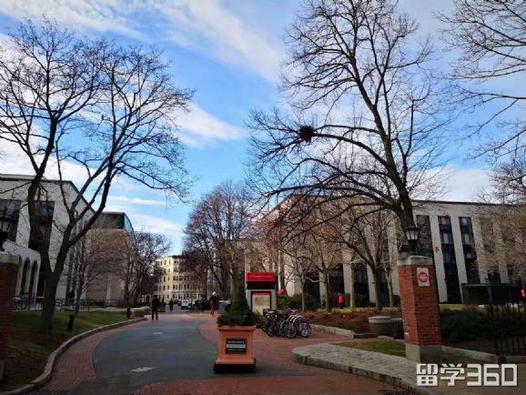 麻省理工学院学费多少?