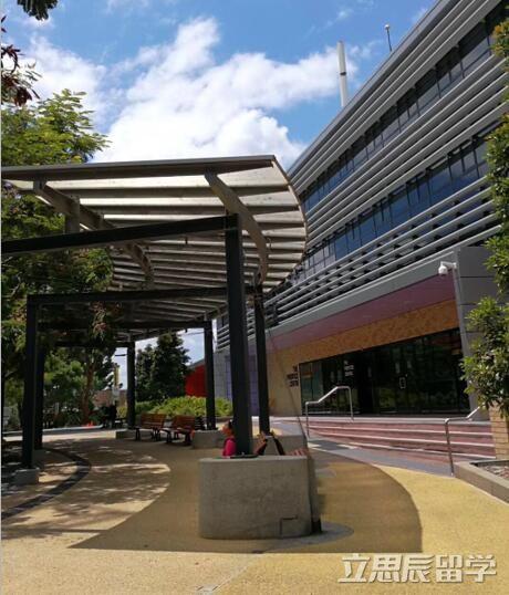昆士兰大学世界qs排名