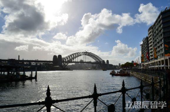 要去澳洲留学?安利一波澳洲即高薪又好就业的专业