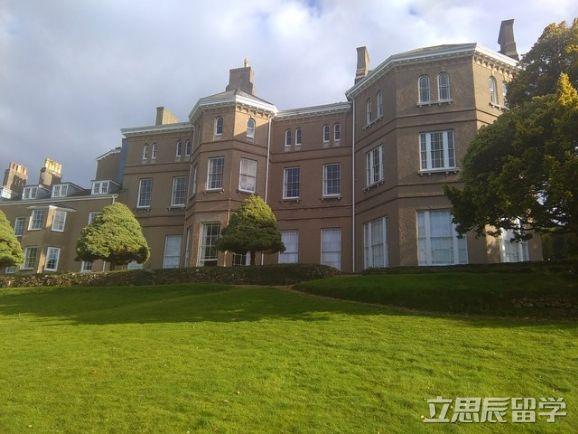 英国普利茅斯大学王牌专业―旅游与酒店管理!