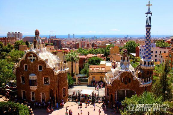西班牙留学一年的总费用大致要多少