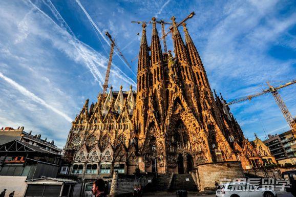 去西班牙留学申请难度怎么样?