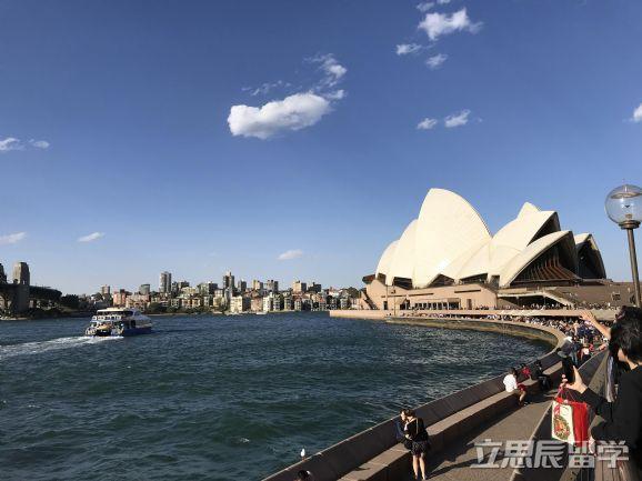 赴澳留学,该如何规划时间?