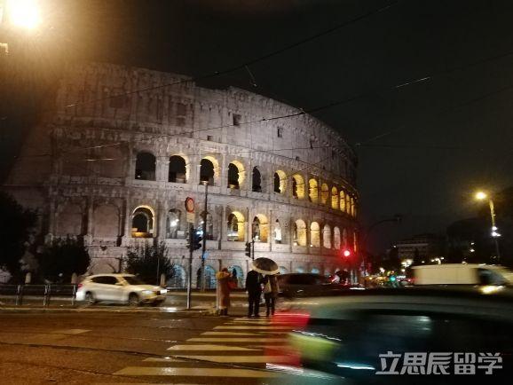 条条道路通罗马,意大利罗马大学可谓风靡全球