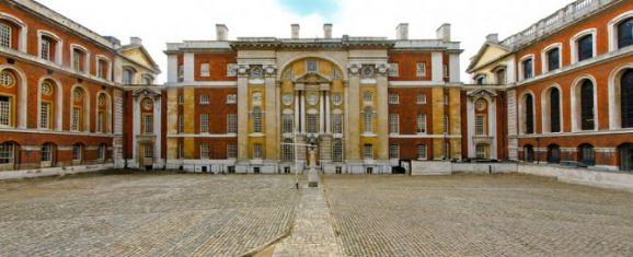 女王大学排名