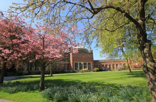 留学首选的花园海滨式大学――斯旺西大学