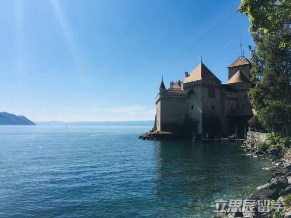瑞士理诺士酒店管理学院本科申请要求及学费解析