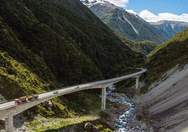 新西兰短缺技能专业--土木工程,边学习边工作,毕业拿高薪!