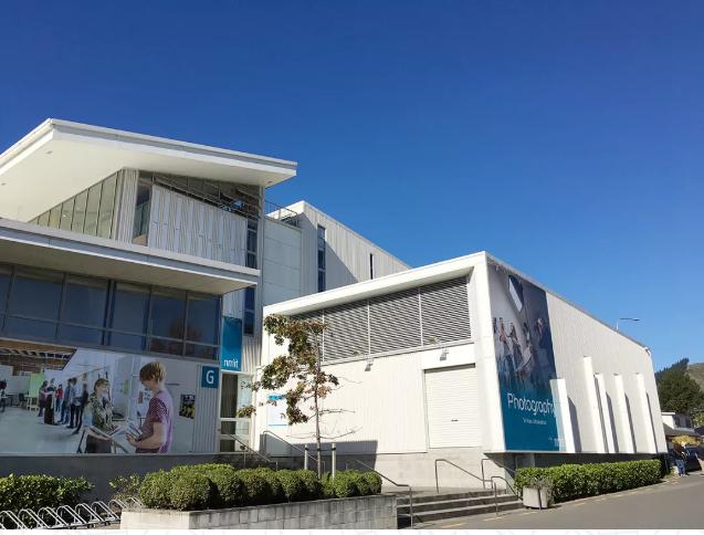 """""""最美""""城市的新西兰国立理工学院的年度最大优惠!"""