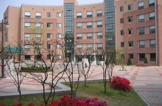 金乌工科大学