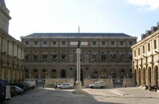 陆同学热爱艺术,于是开始了追梦佛罗伦萨美术学院之旅