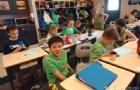 新加坡小学生是怎么上课的?