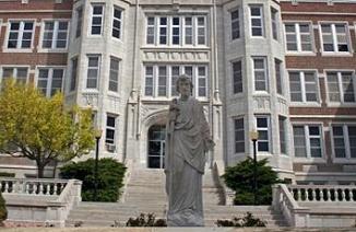 美国托马斯摩尔中学