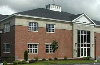 美国缅因中央中学