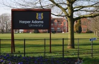 哈珀亚当斯大学风光