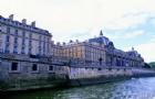 法国留学旅游专业
