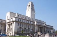 浅谈英国留学转专业 文科生比理科生更容易?