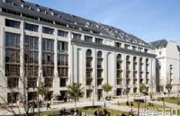 法国巴黎第七大学课程设置如何