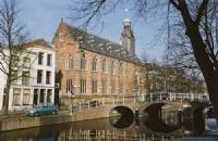 荷兰莱顿大学的情况